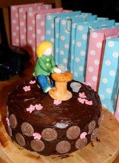 pottery cake 2